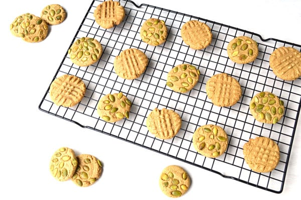 Sunflower Seed Butter Cookies made with Sunbutter! These soft cookies are 100% whole grain, vegan and have no refined sugar. A treat you can indulge in without guilt!