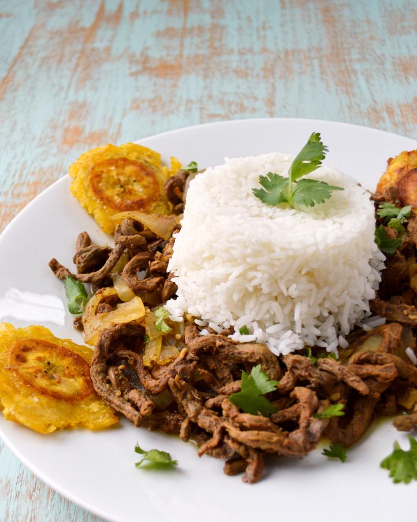 Bistec Encebollado: Puerto Rican Steak & Onions