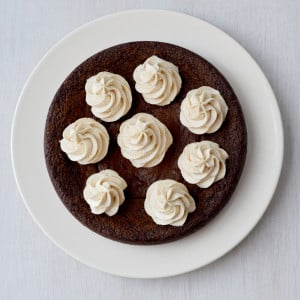 Chocolate and Vanilla Cookie Cake