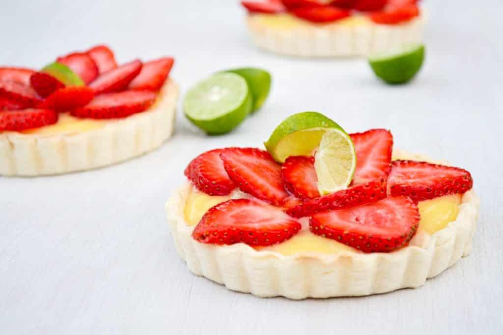 Strawberry Limeade Tarts
