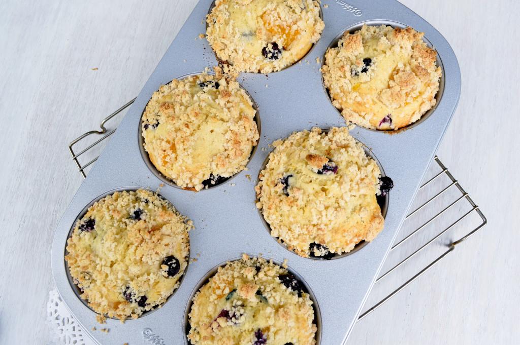 Blueberry Peach Muffins | Kitchen Gidget