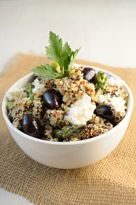 Quinoa Salad with Lemon Artichoke Pesto, olives, feta and asparagus | Kitchen Gidget