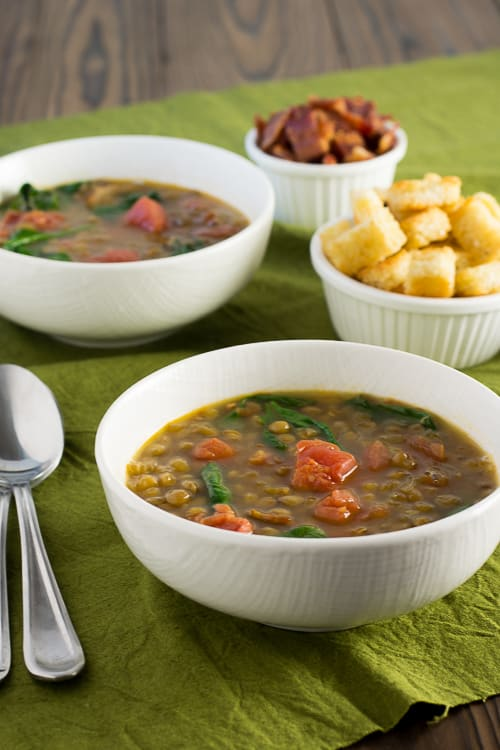 Bacon Lettuce Tomato Lentil Soup - classic meets comfort in this quick and easy soup! | Kitchen Gidget