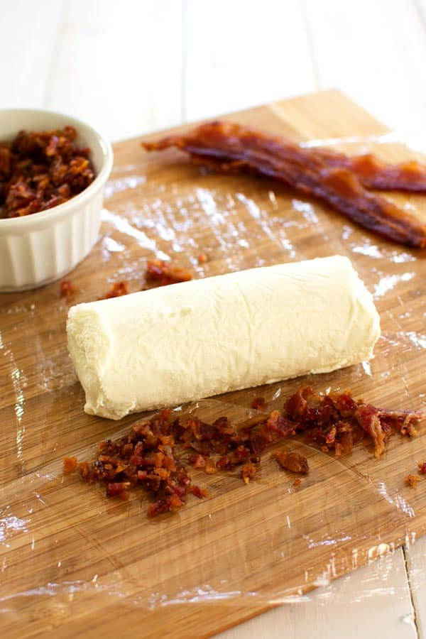 Creamy Bacon Goat Cheese Log: this easy appetizer has only two ingredients! Serve with crackers and pair with wine.
