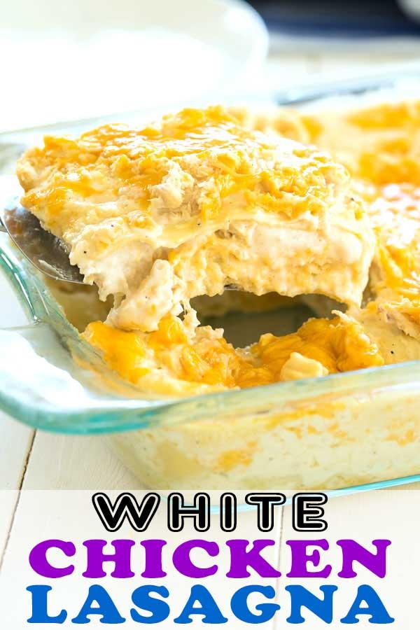 Easy White Chicken Lasagna Recipe. Try this chicken lasagna with white sauce instead of tomato! #dinner #lasagna #cheese #chicken #recipeidea #easyrecipe