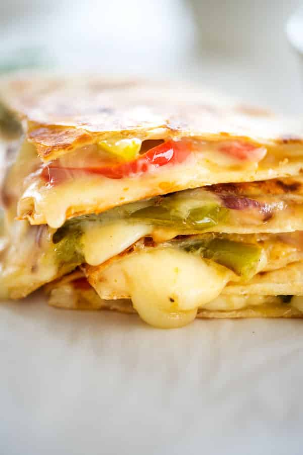 Mexican fajita vegetables are the star of this fajita veggie quesadilla. An easy vegetarian quesadilla everyone will love!