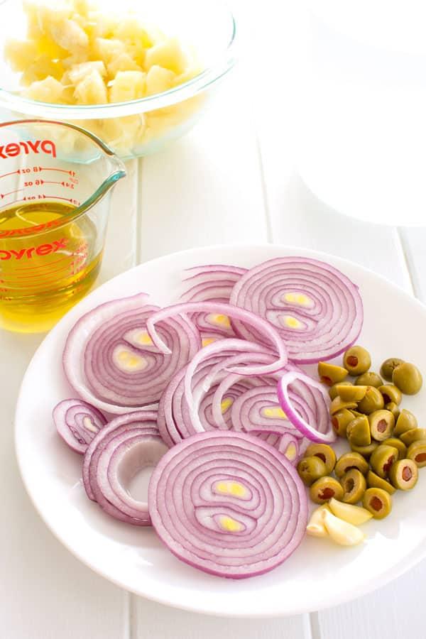 Ingredients for yuca en escabeche