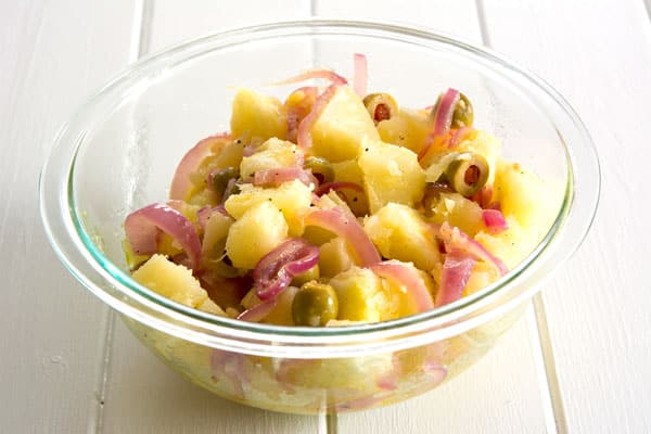 Recipe for pickled yuca en escabeche in English - Puerto Rican yuca salad