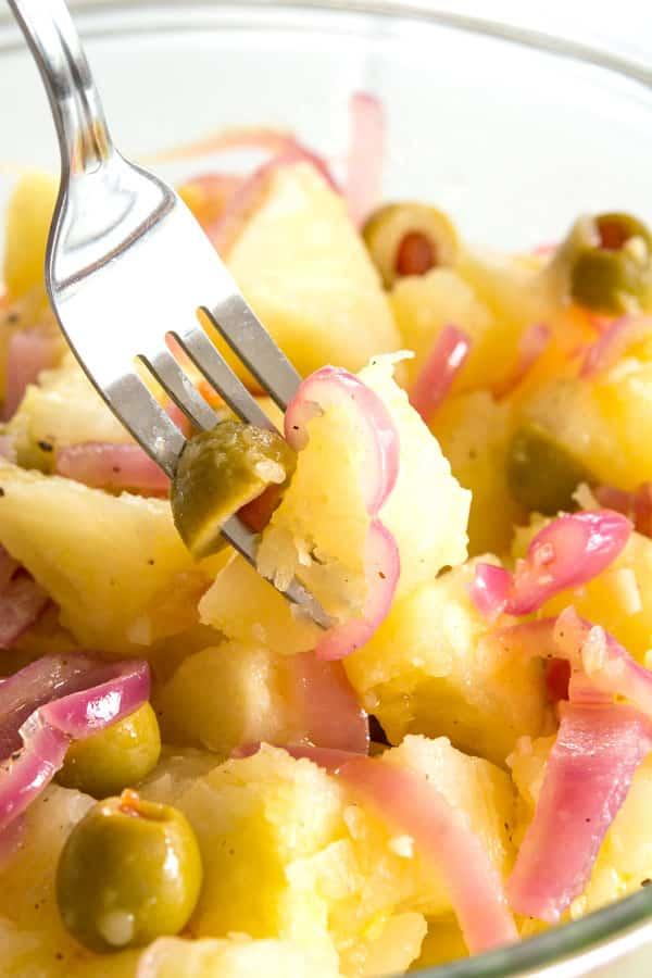 Recipe for pickled yuca en escabeche in English - Puerto Rican yuca salad