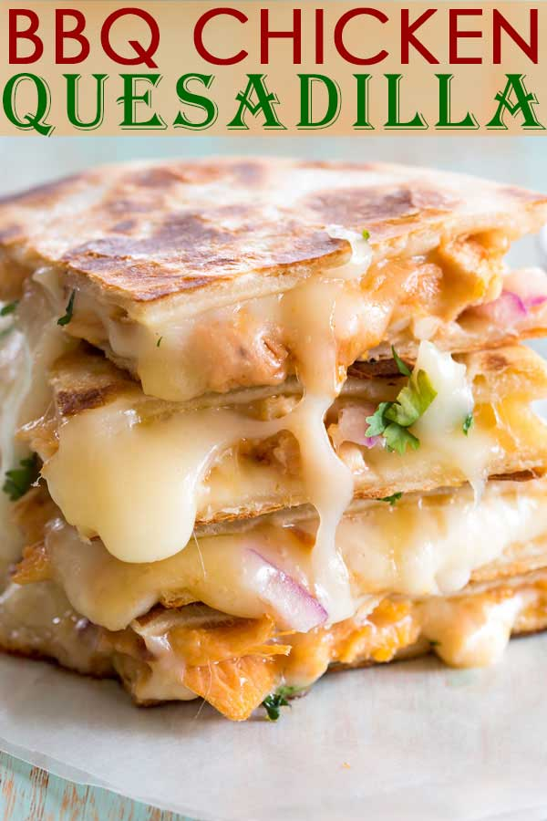 My favorite barbecue chicken pizza gets transformed into an easy BBQ Chicken Quesadilla recipe! #dinner #dinnerrecipes #appetizer #recipe