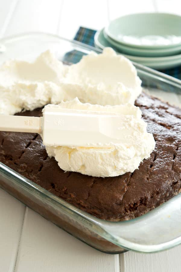 Whipped cream topping for chocolate tres leches cake
