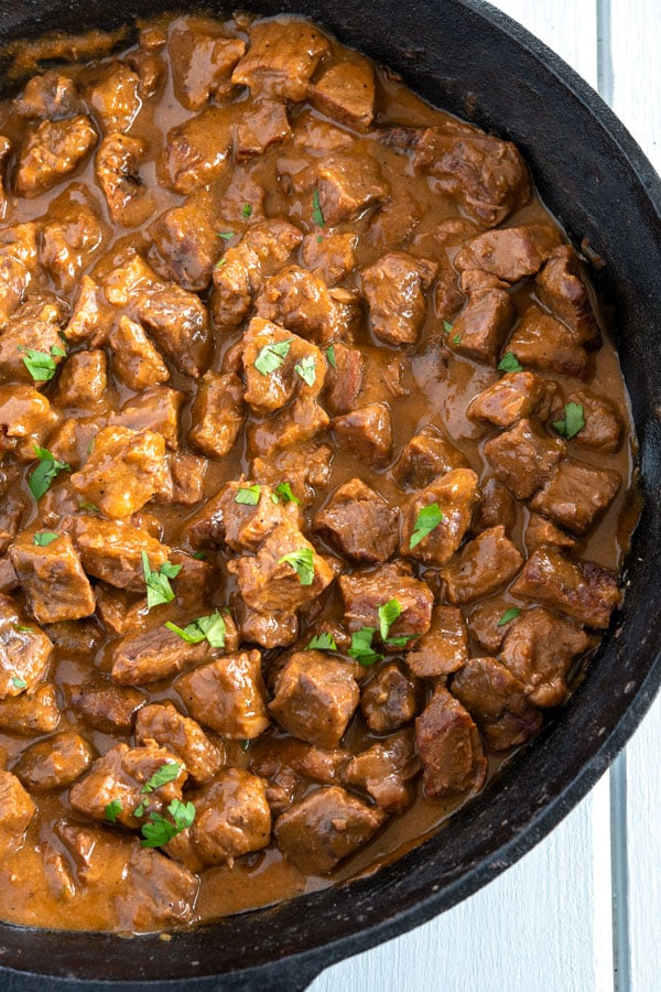 Make the tastiest Mexican beef stew with this authentic carne guisada recipe! #mexicanfoodrecipes #mexicanfood #easyrecipe #dinnerrecipes