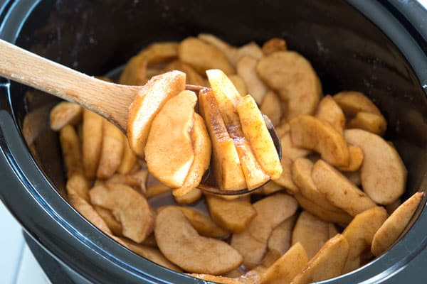 Crock Pot Cinnamon Apples - easy as pie in the slow cooker!