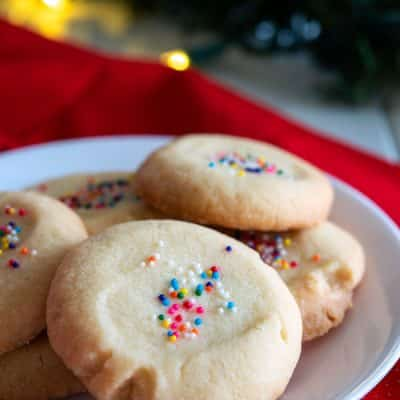 Easy Polvorones recipe from Puerto Rico (Mantecaditos with sprinkles)