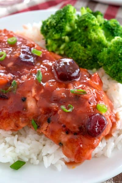 Cranberry Chicken on a bed of rice with a side of steamed broccoli